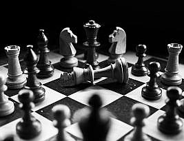 5 Kekuatan Kompetitif yang Membentuk Bisnis Anda – Porter Five Forces